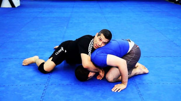 ZS. 3 Ground Fighting Defense Techniques in MMA Promo Image