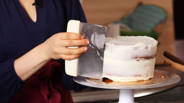 C. How to Do a Crumb Coat for Your Cake Promo Image