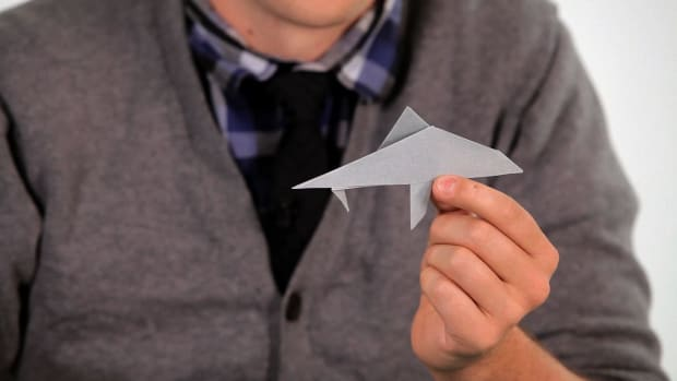 ZC. How to Make an Origami Shark Promo Image