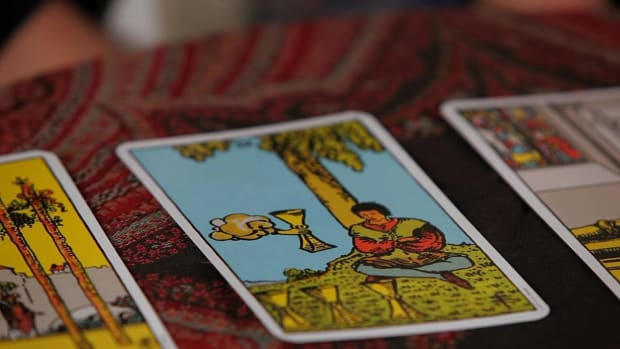 ZP. How to Read the Fours Tarot Cards Promo Image