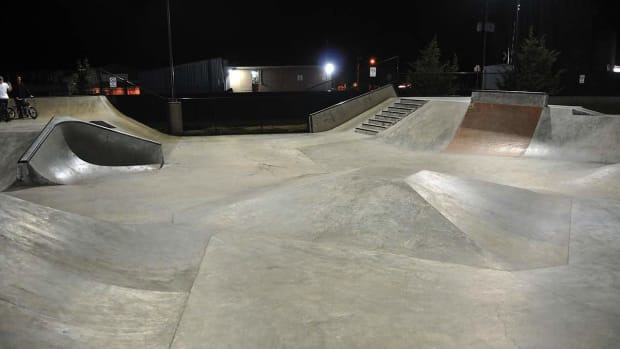 J. How to Do a Cess Slide on In-Line Skates Promo Image