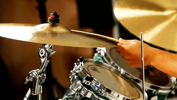 ZZQ. How to Play the Roll of a Crash Cymbal Promo Image