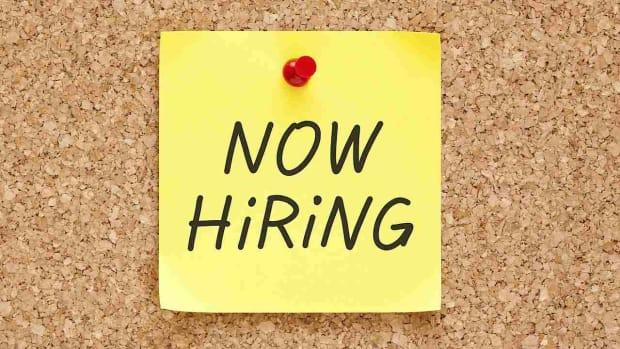 Y. 3 Online Job Searching Tips & Tricks Promo Image
