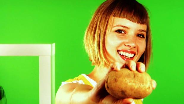 ZG. Quick Tips: How to Crisp Up Microwave Potato Skins Promo Image