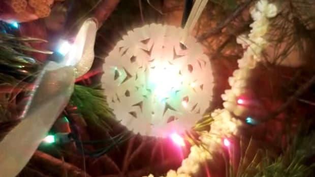 ZB. How to Make 5 Easy Handmade Christmas Ornaments Promo Image