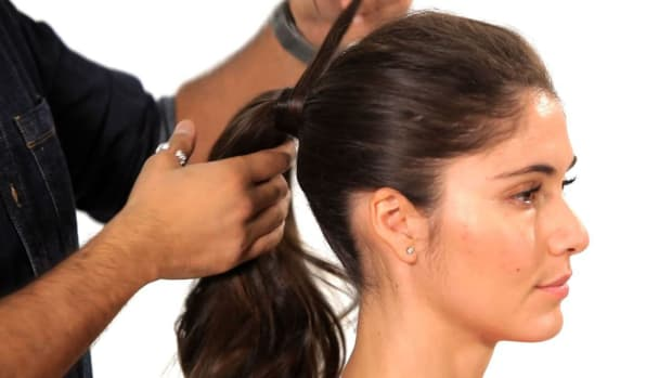 A. How to Do a Volumized Ponytail Promo Image