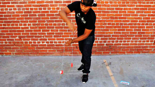 ZD. How to Do the Wraps Yo-Yo Trick Promo Image