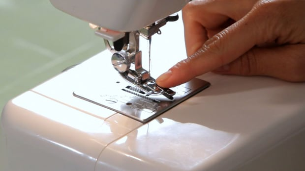 L. How to Use an Edge Stitcher Attachment on a Sewing Machine Promo Image