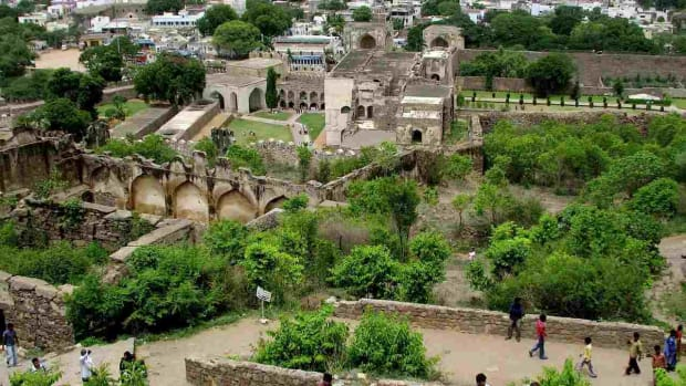 H. Visiting Golconda Fort in Hyderabad Promo Image