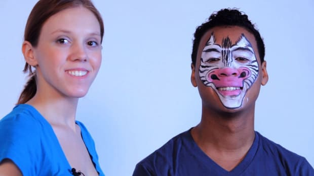 ZA. How to Paint a Zebra with Face Paint Promo Image