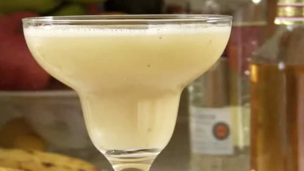 B. How to Make a Frozen Banana Daiquiri Promo Image