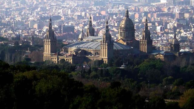 A. Top 8 Neighborhoods to Visit in Barcelona Promo Image