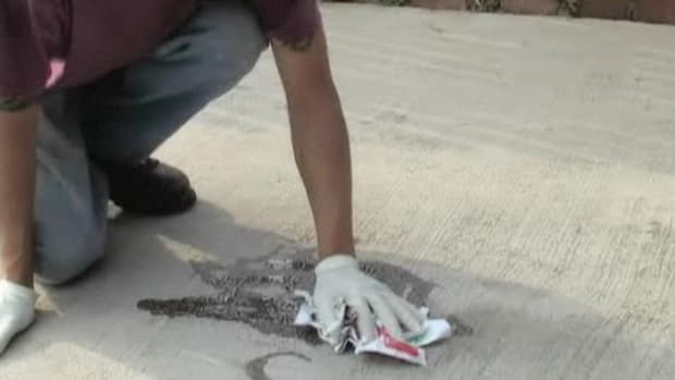 U. How to Get Grease off a Concrete Driveway Promo Image