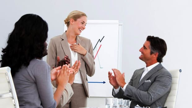 ZZK. How to Give an Effective Sales Presentation Promo Image