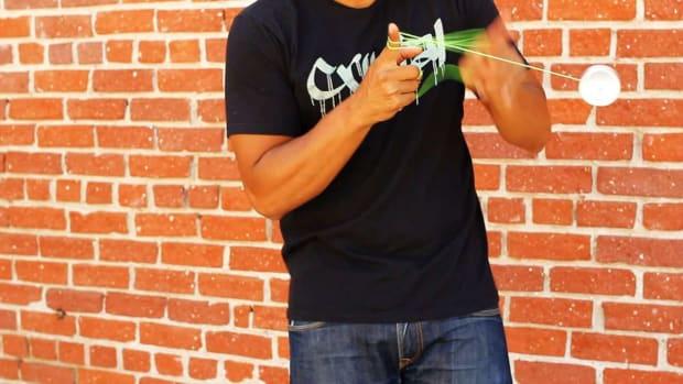 T. How to Do the Black Hops Yo-Yo Trick Promo Image