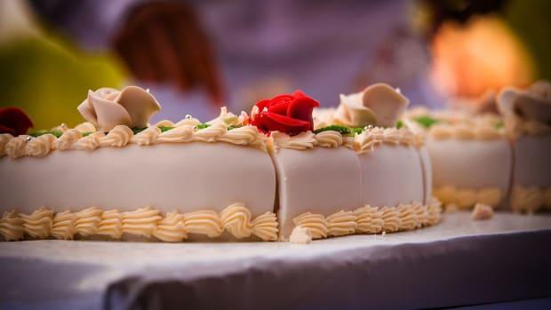 B. How to Bake a Cake Promo Image