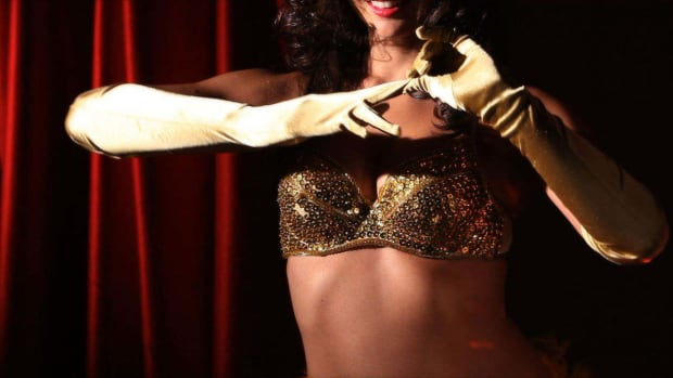 ZE. Different Burlesque Styles Promo Image