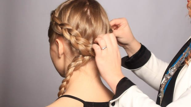 C. How to Finish a Braid Headband Promo Image