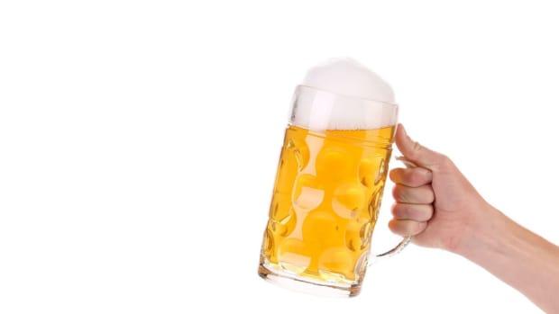 ZZA. 3 Myths about Alcoholism Promo Image