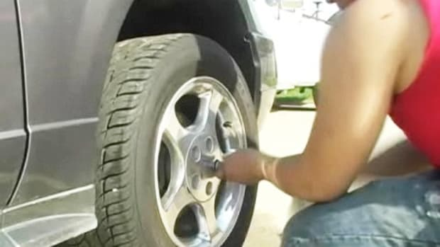 N. How to Rotate Tires Properly Promo Image