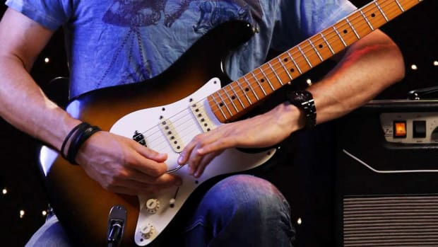 ZI. How to Use the Whammy Bar on Heavy Metal Guitar Promo Image
