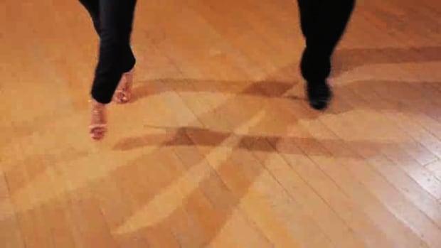 ZD. How to Do the Suzy Q Salsa Dance Step Promo Image