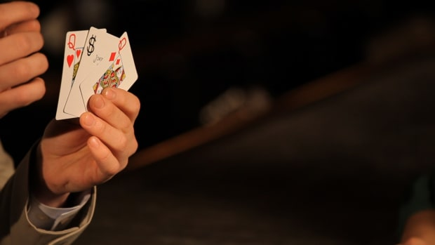 N. How to Do the Basic 3-Card Monte Trick Promo Image