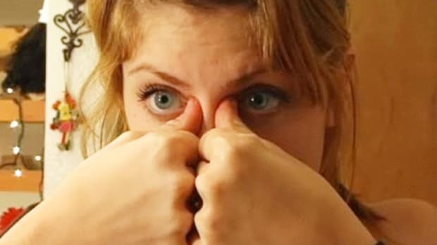 F. How to Relieve Sinus Pain with Acupressure Promo Image