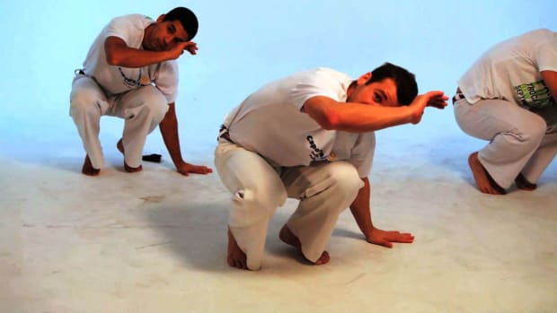 D. How to Do the Cocorinha in Capoeira Promo Image