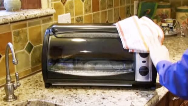 L. How to Clean a Toaster Oven Promo Image