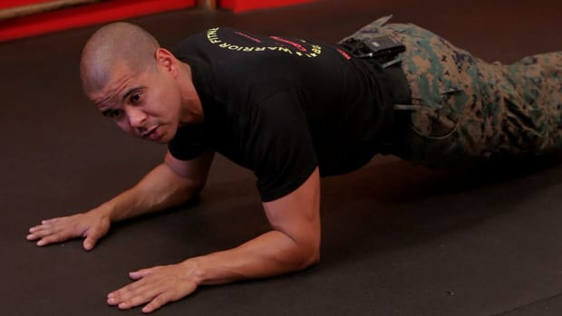 P. How to Do a Warrior Plank Promo Image