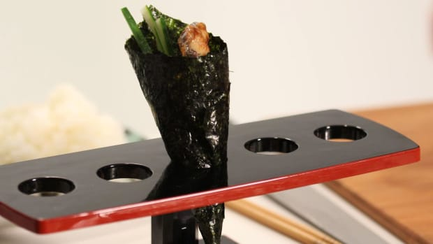 T. How to Make a Cone-Shaped Hand-Wrapped Sushi Roll Promo Image