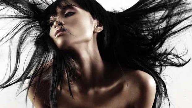 ZJ. 7 Asian Clubbing Makeup Tips Promo Image