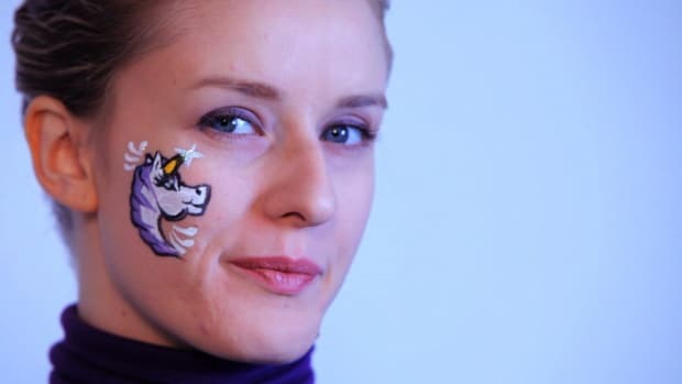Y. How to Paint a Unicorn with Face Paint Promo Image