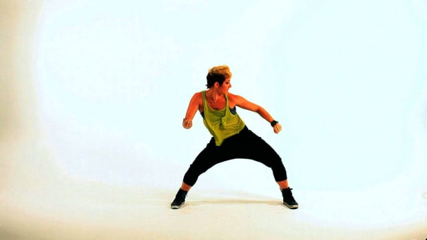ZD. How to Do the Get Under It Dance Move Promo Image