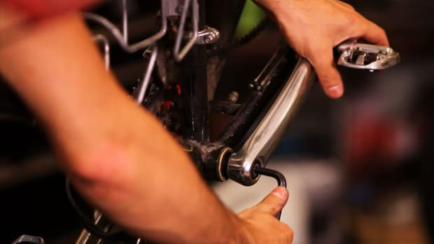 ZL. How to Install a Bicycle Crankset Promo Image