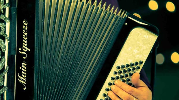 L. How to Play Swells on Accordion Promo Image