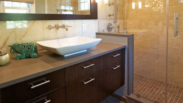 ZP. How to Decorate a Small Bathroom in Modern Decor Promo Image