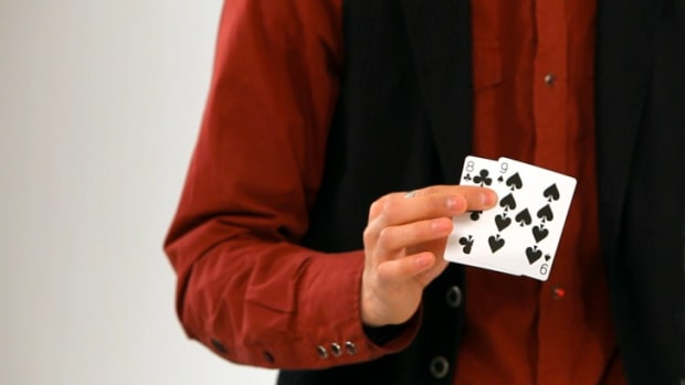 L. How to Do the 8 & 9 Card Trick Promo Image
