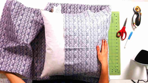 ZD. How to Fold & Attach the Sides of a No-Sew Pillow Promo Image