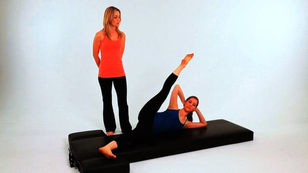ZZE. How to Do the Side Kick Hot Potato in Pilates Promo Image