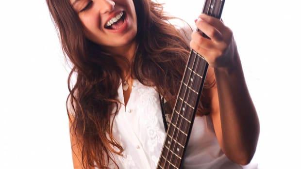 H. How to Do Slap Bass Sliding & Phrasing Elements Promo Image