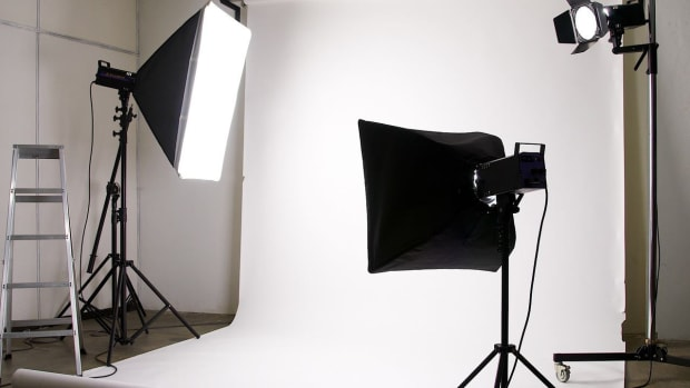 E. How to Set Up Studio Lighting for White Backgrounds Promo Image