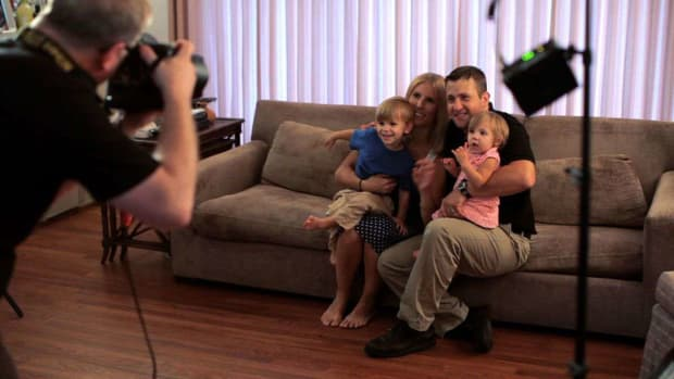 R. How to Shoot Family Portraits Inside Promo Image