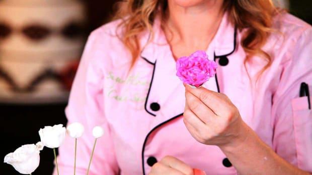 V. How to Make a Peony Sugar Paste Flower Center Promo Image
