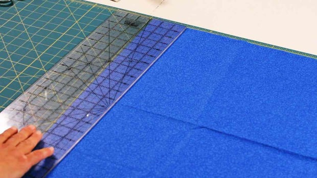 L. How to Use a Rotary Ruler & a Cutting Mat When Quilting Promo Image