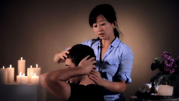 ZI. How to Stimulate Your Neck with Self-Massage Promo Image