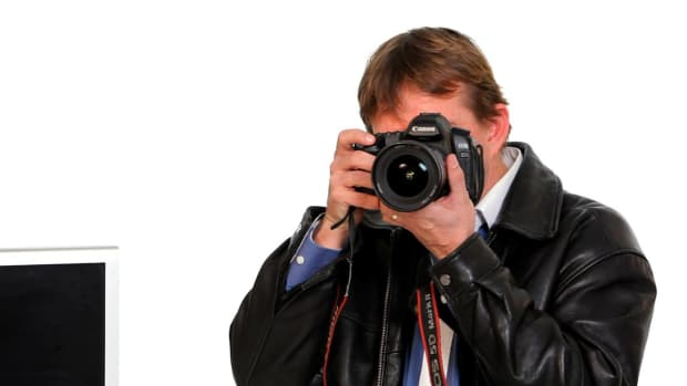 ZJ. What to Look for When Buying a Camera Promo Image