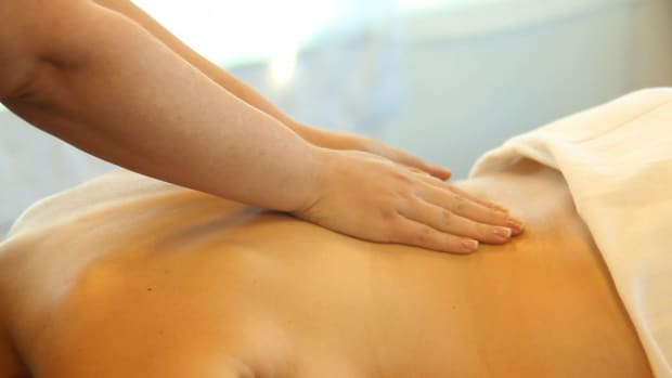 L. How to Become a Hot Stone Massage Therapist Promo Image