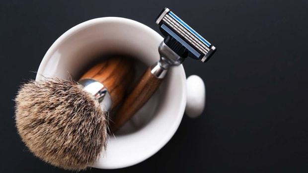 I. 6 Shaving Tips to Prevent Skin Bumps Promo Image